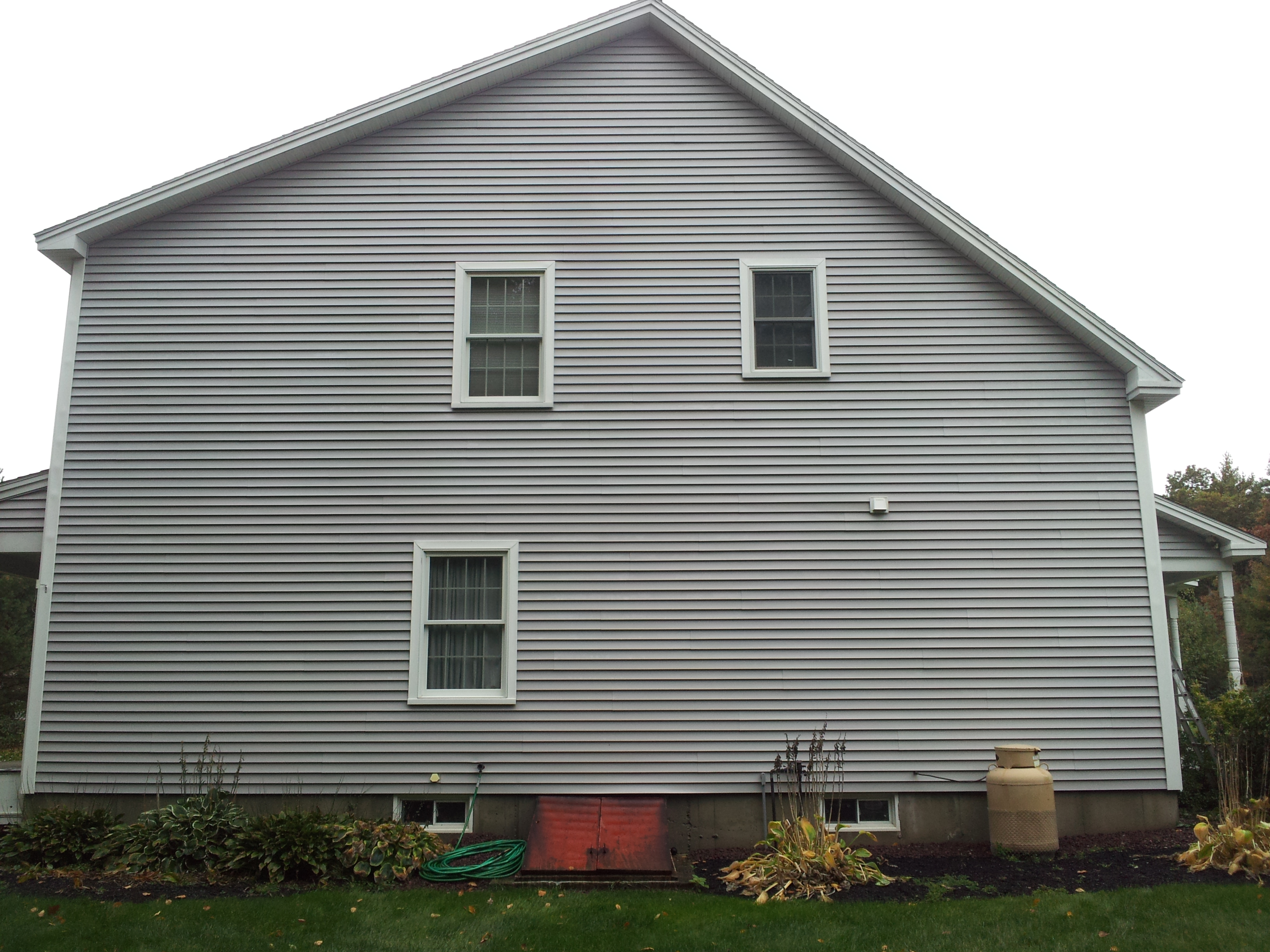 Roof Clean Plus Siding Cleaning For Vinyl Wood Cedar Stucco Brick Aluminum
